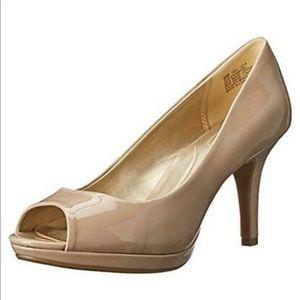 Bandolino Supermodel Pump Heels